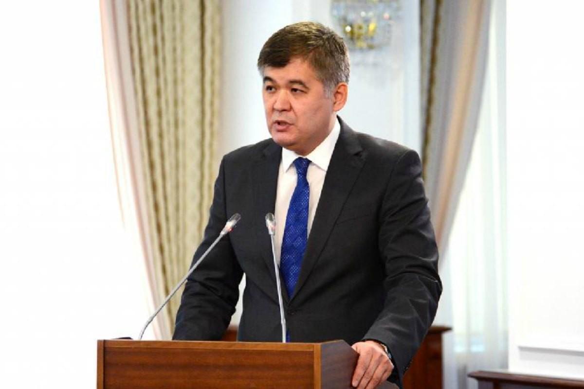 Біртанов: 2025 жылға қарай дәрігерлердің жалақысы 550 мың теңге болады