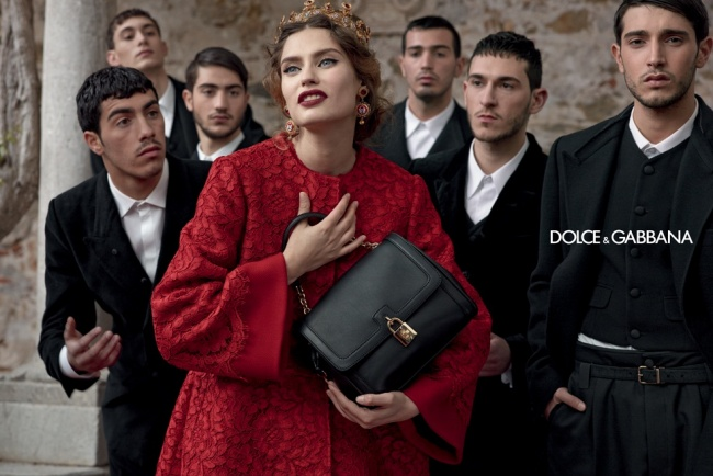 5882310-650-1453217371-dolce-gabbana-fall-ads3