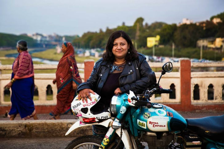 Urvashi-Patole-is-empowering-women-to-go-on-adventures-and-challenge-stereotypes-through-The-Bikerni-an-all-women's-motorcycle-association-in-India-that-she-started-on-Facebook