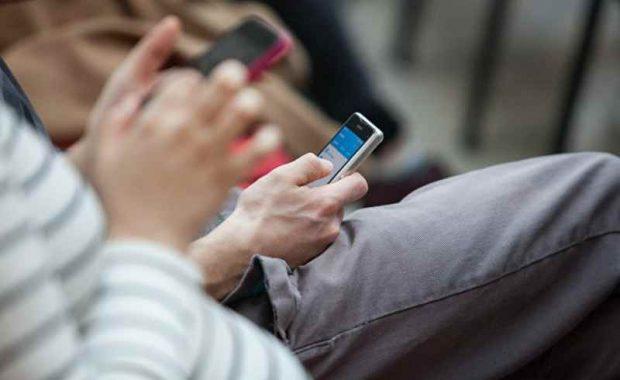Латын әліпбиіндегі қазақ тілі барлық смартфондардақол жетімді болды