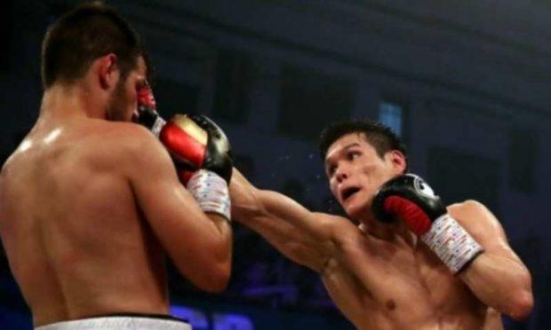 Боксшы Данияр Елеусінов өзінің үшінші айқасын жеңіспен аяқтады